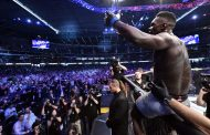 Adesanya Receives Rave Reviews After UFC Title Unfication Win
