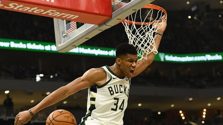 Giannis Adetokunbo Slams Home 36 Points In Milwaukee's Victory